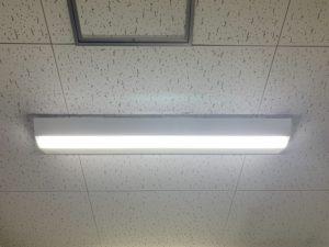 名古屋市東区のビルにて照明器具の取替電気工事