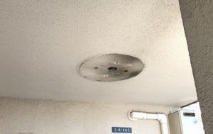 愛知県稲沢市の集合住宅にて共用灯の取替電気工事