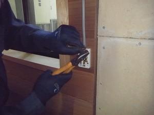 プレハブ小屋電気工事-A04