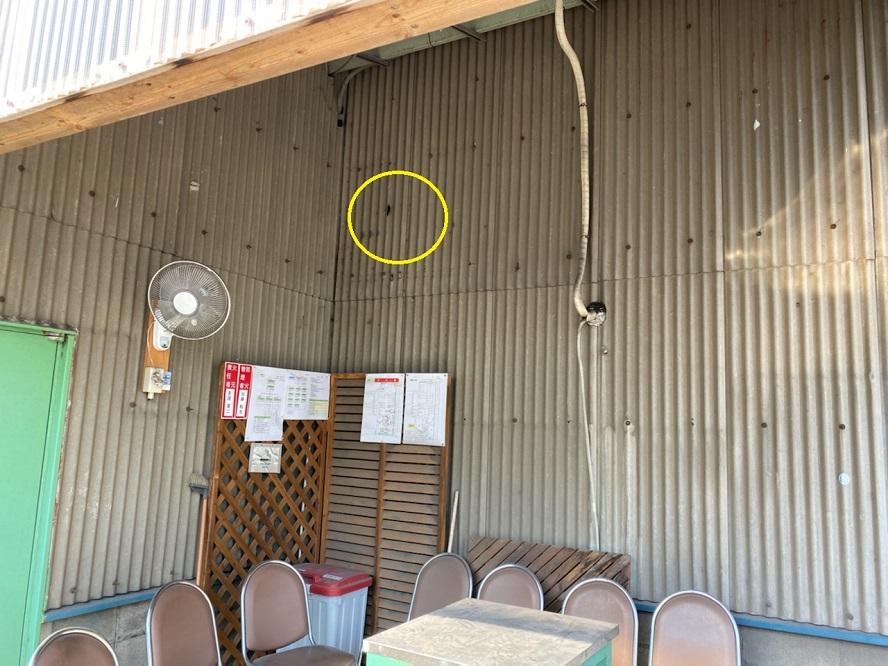 愛知県飛島村の工場にて換気扇用フードの取付電気工事