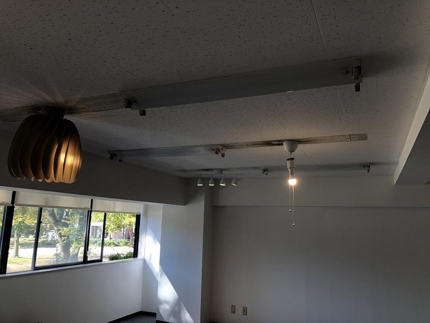 名古屋市中区のオフィスにてベース照明から引っ掛けシーリングへ取替電気工事